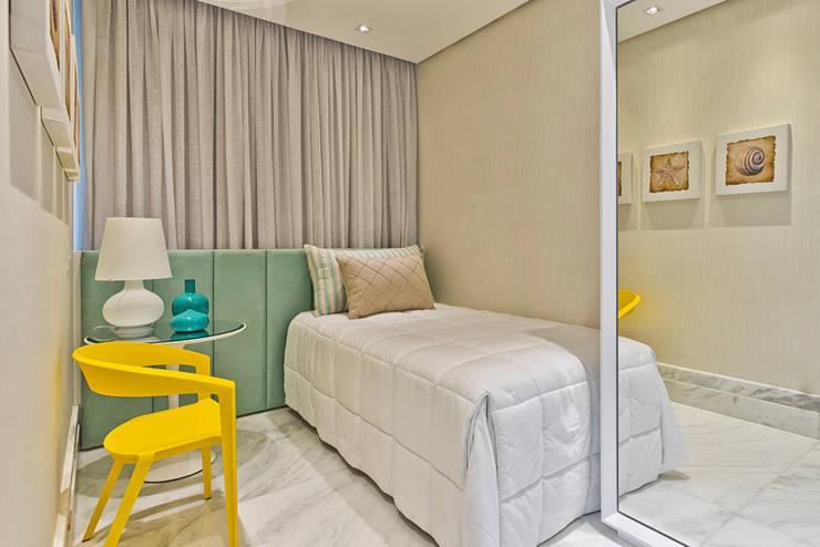 Dormitorios de estilo clásico de Samara Barbosa Arquitetura