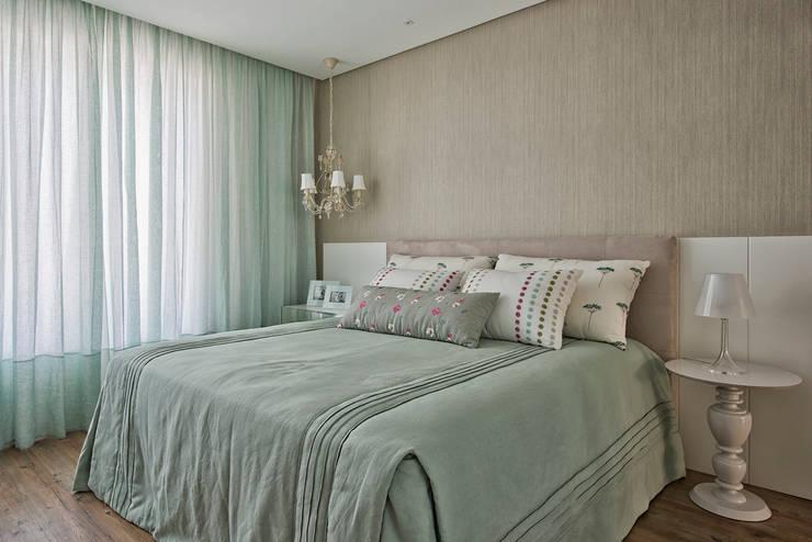 غرفة نوم تنفيذ Samara Barbosa Arquitetura