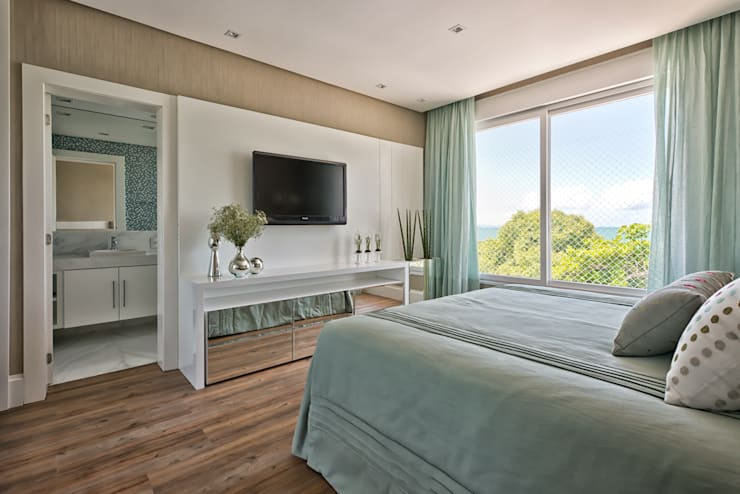 Dormitorios de estilo clásico por Samara Barbosa Arquitetura