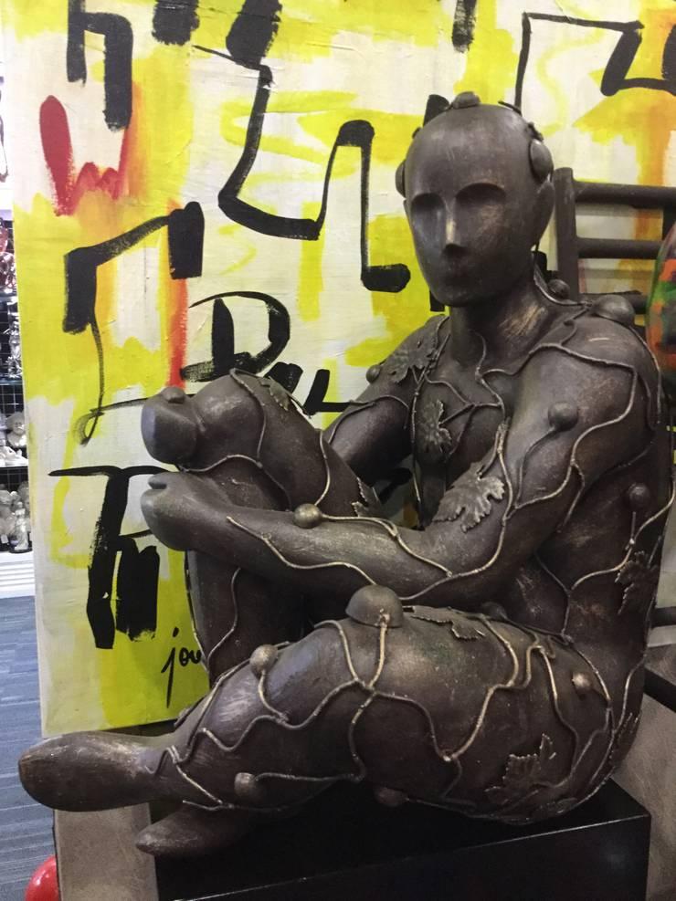 Nuevas Esculturas Centros de exposiciones de estilo ecléctico de José Torres Coleccion Ecléctico