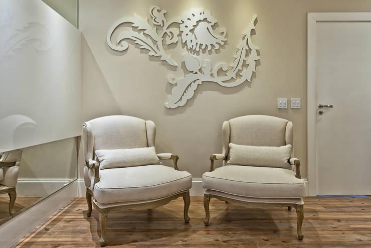 Projekty,  Salon zaprojektowane przez Samara Barbosa Arquitetura