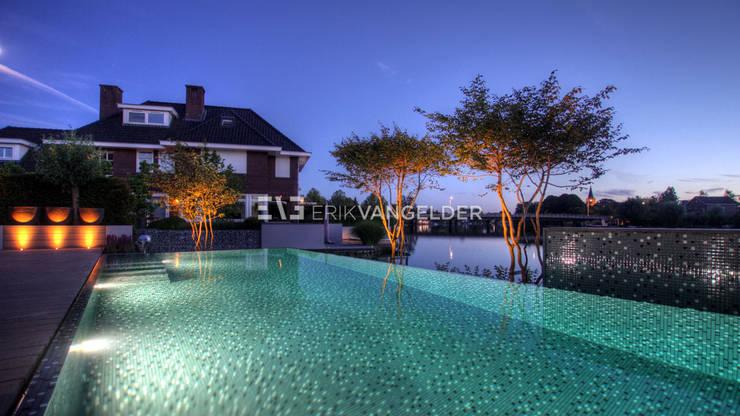 泳池 by ERIK VAN GELDER | Devoted to Garden Design, 現代風