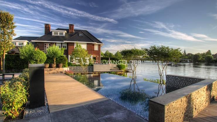 泳池 by ERIK VAN GELDER | Devoted to Garden Design, 簡約風