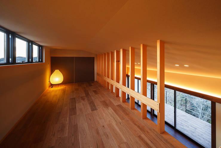 玄燈舎: 傳寶慶子建築研究所が手掛けた和室です。,