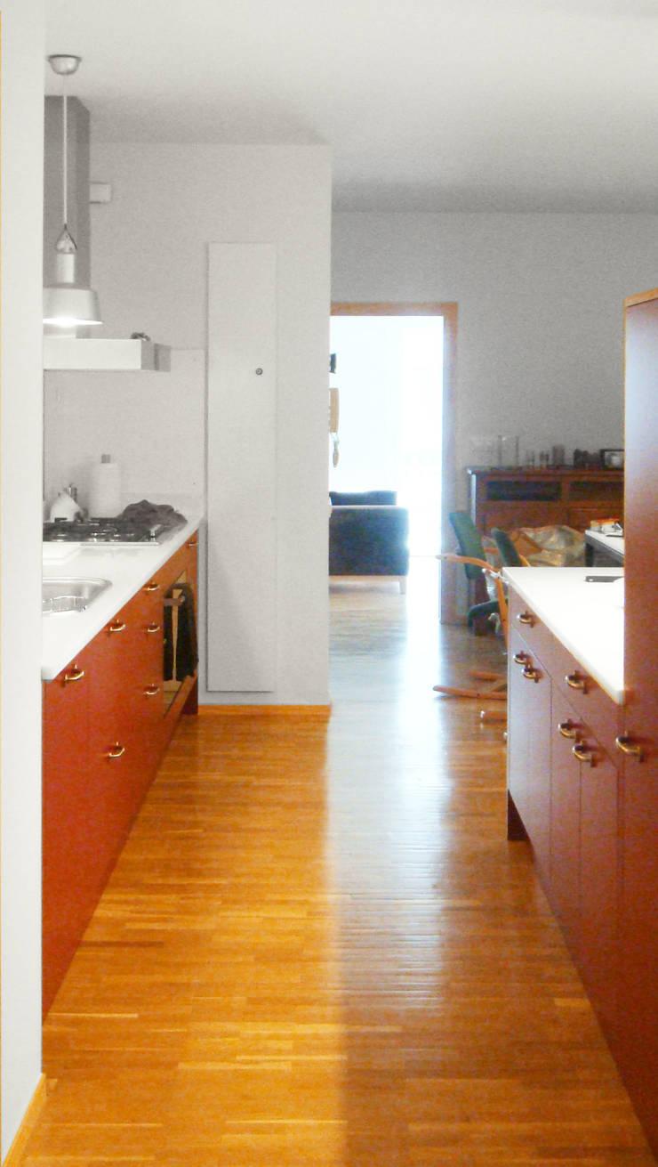 Cocina Abierta | Casa Estudio PJ: Casas de estilo  de 08023 Architects