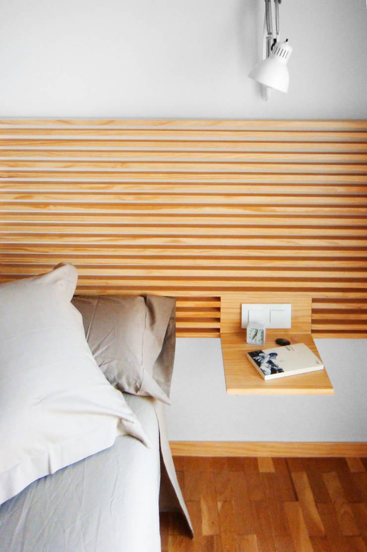 Detalle Dormitorio | Casa Estudio PJ: Casas de estilo  de 08023 Architects