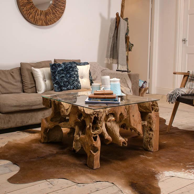 Belokan Rustic Coffee Table:  Living room by puji