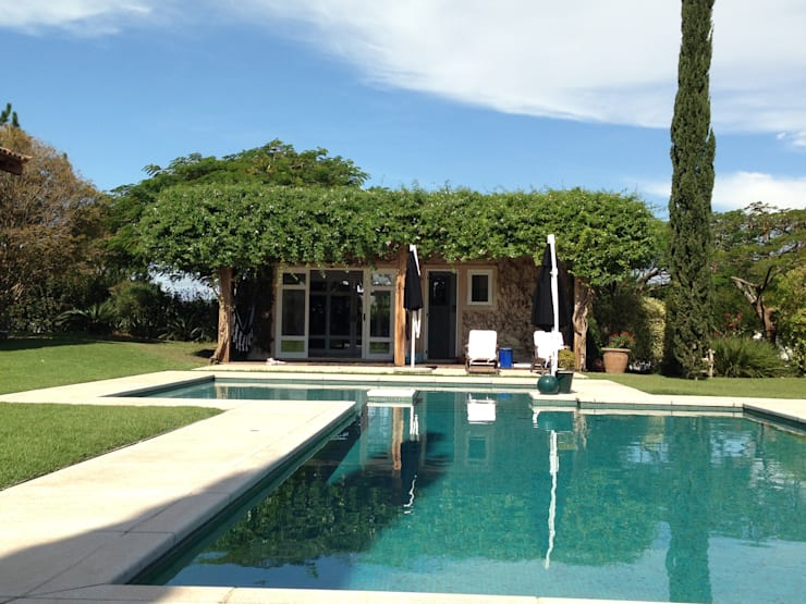Itatiba. Condominio Quinta da Baroneza: Jardins  por Prado Zogbi Tobar