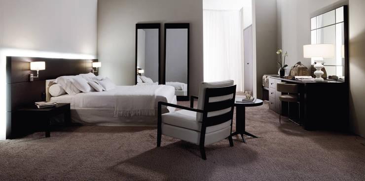 modern Bedroom by Giuseppe Gulotta