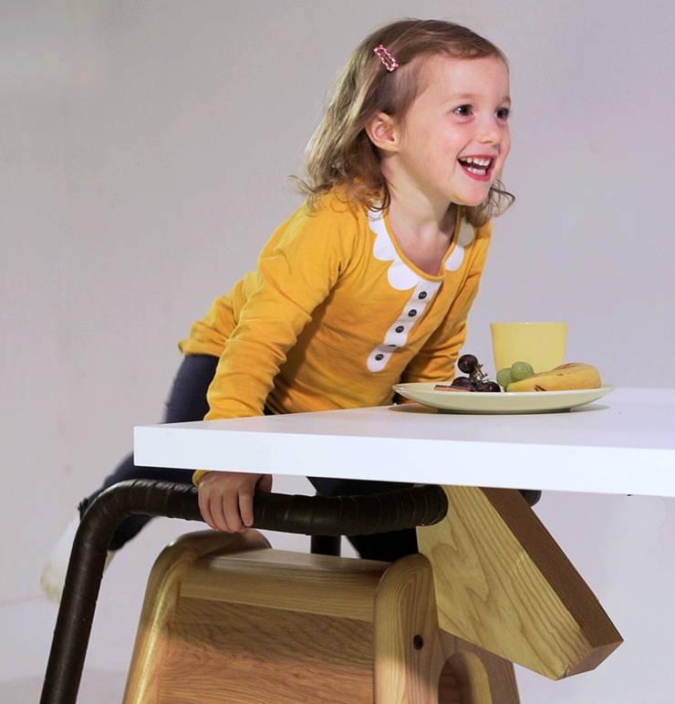 Play&Eat Saddle Seat:   by Tamasine Osher Design
