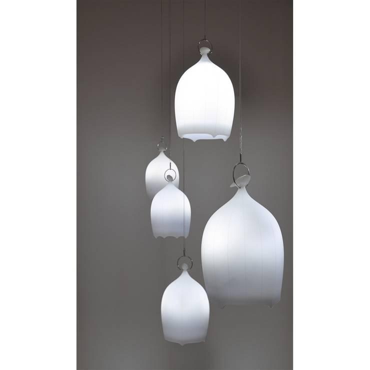 Lampe SmoonCage:  de style  par Hors du Commun
