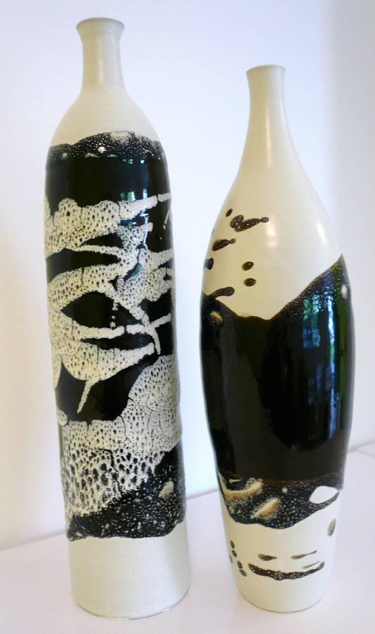 bouteilles:  de style  par De la terre et de l'eau