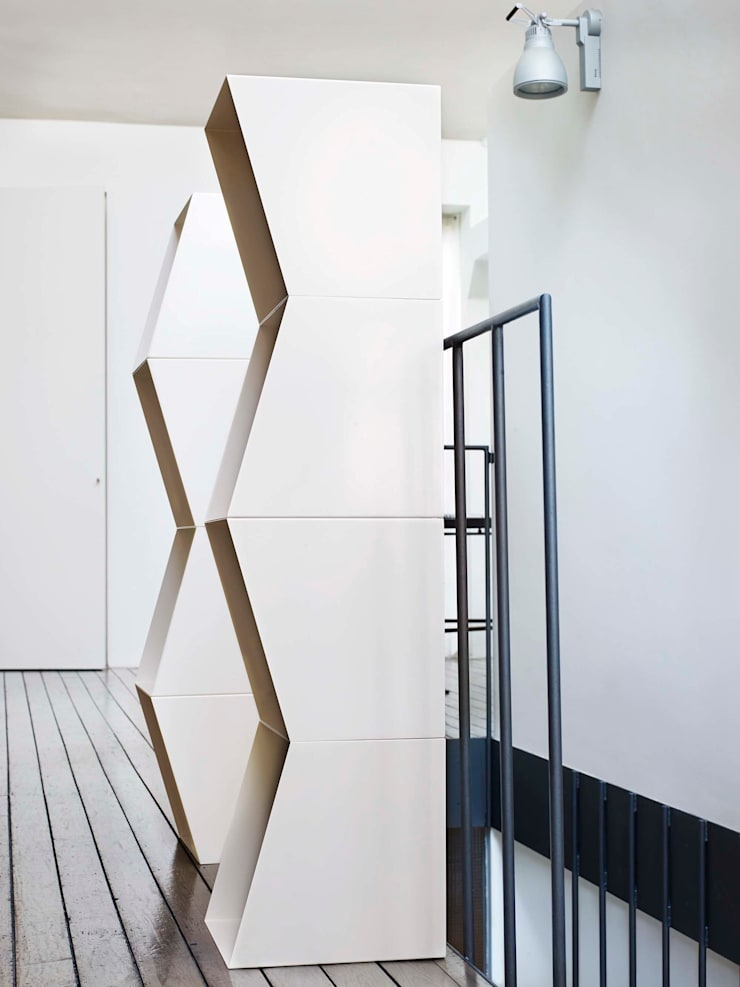 bookcase TOTEM:  Living room by design by nico