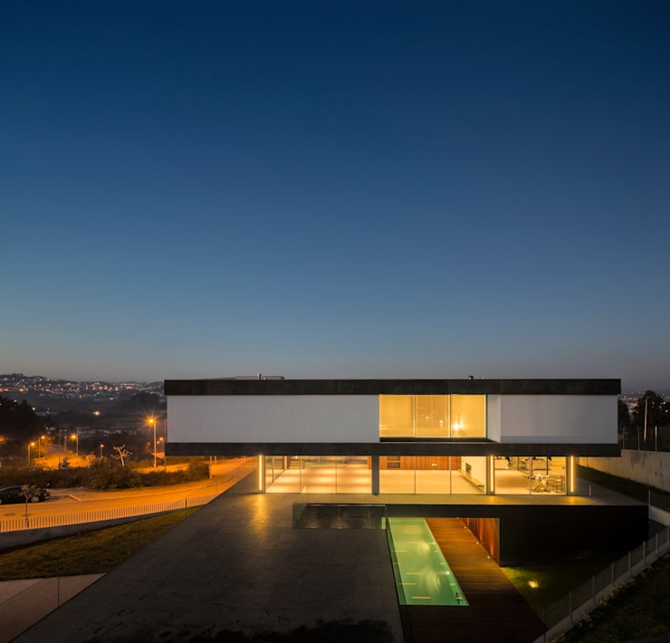 Casa BE: Casas  por spaceworkers®