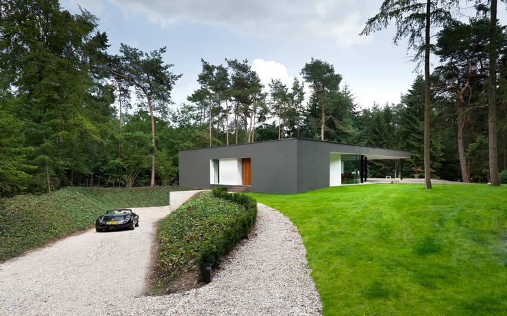 Villa Veth: moderne Tuin door 123DV Moderne Villa's