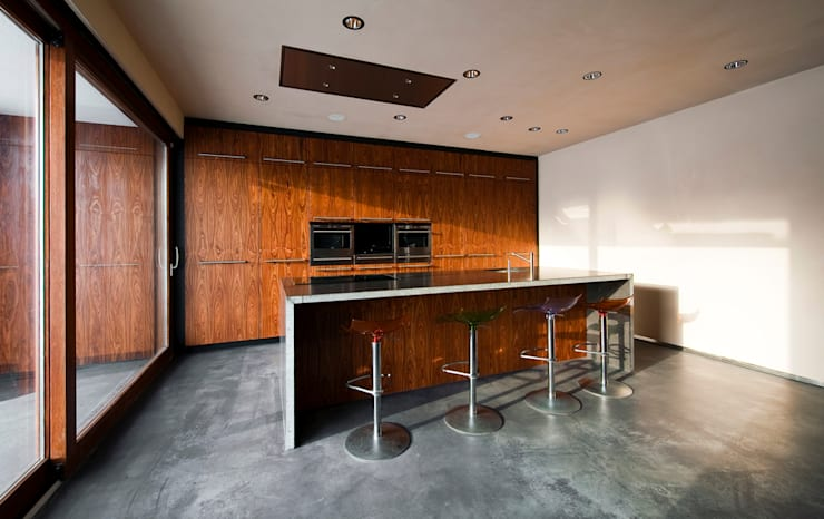 Cocinas de estilo  por 123DV Moderne Villa's, Moderno