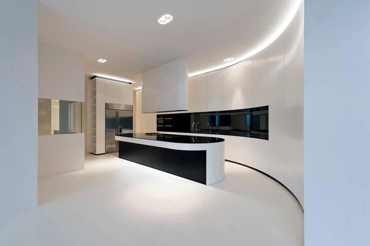 Projekty,  Kuchnia zaprojektowane przez 123DV Moderne Villa's