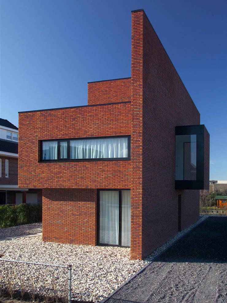 房子 by 123DV Moderne Villa's, 現代風