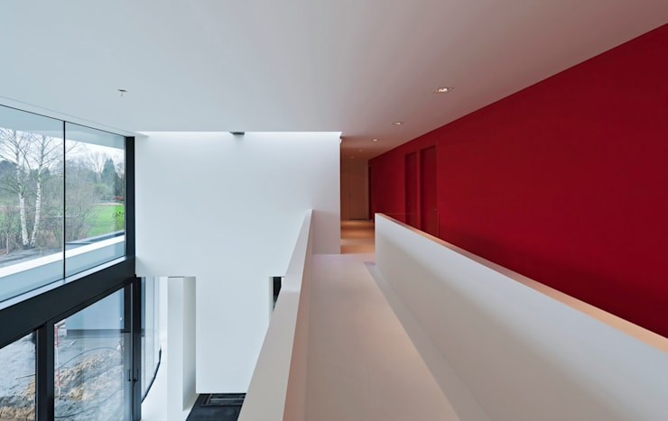 East West Villa:  Gang en hal door 123DV Moderne Villa's, Modern