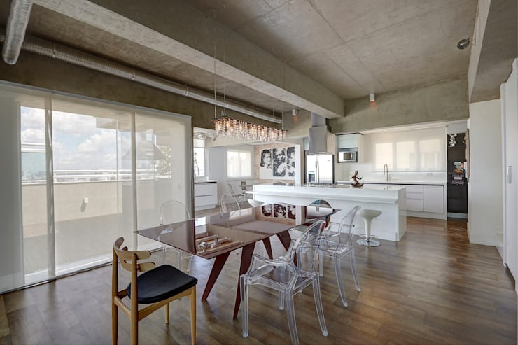 Apartamento Campo Belo – 374m2: Salas de jantar  por Viviane Dinamarco Design de Interiores