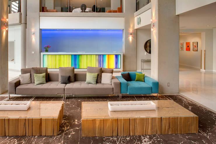 Hotel MURANO : Hoteles de estilo  por Studio Orfeo Quagliata