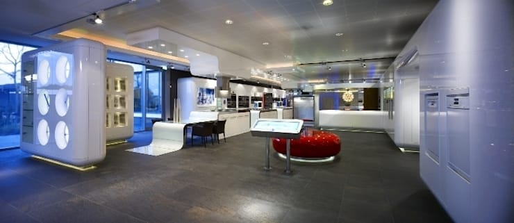 Miele inspirience Center – Vianen:  Winkelruimten door M+R interior architecture