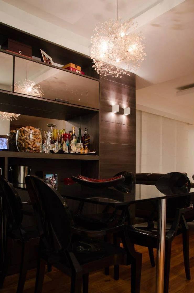 Sala de Jantar: Salas de estar  por Paula Werneck Arquitetura