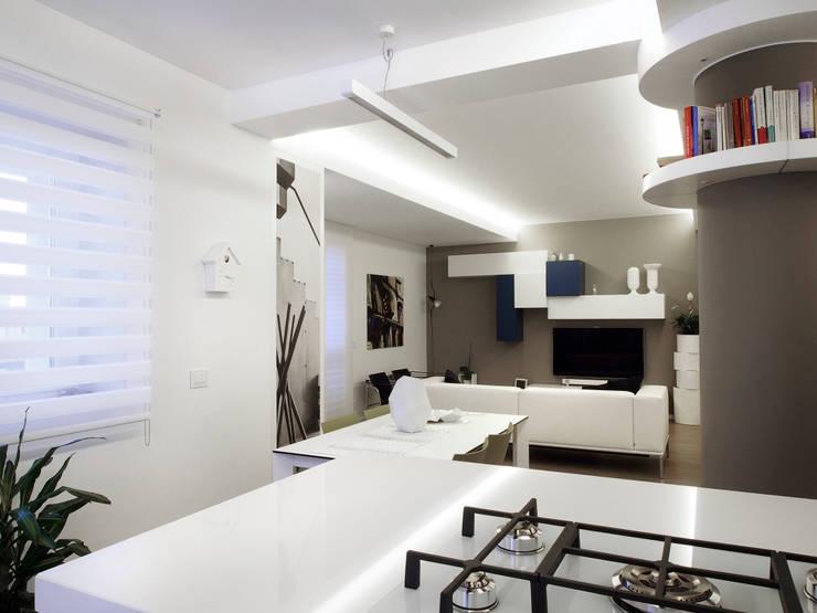 Dining room by Laboratorio di Progettazione Claudio Criscione Design