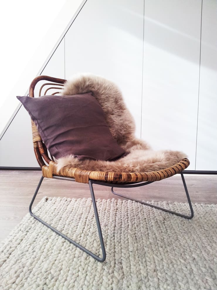 Aménagement studio: Salon de style  par Insides