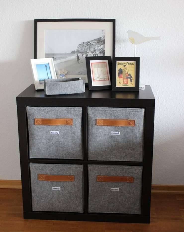 Regalkörbe aus Filz mit Ledergriff:  Wohnzimmer von Stich-haltig,