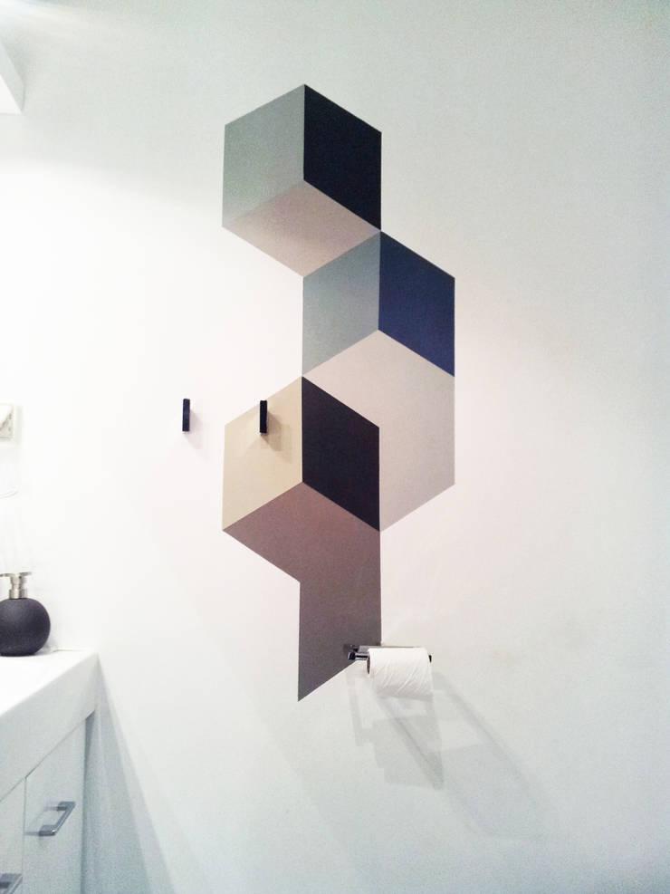 Peinture murale SdB: Salon de style  par Insides