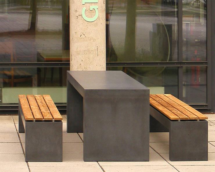Betonbank San Vito 2000:  Garten von oggi-beton