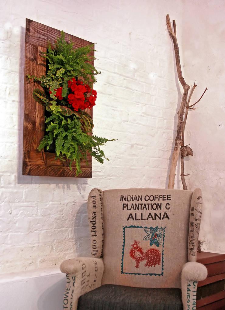 Living Interiors - Vertical Gardens:  Artwork by Living Interiors UK