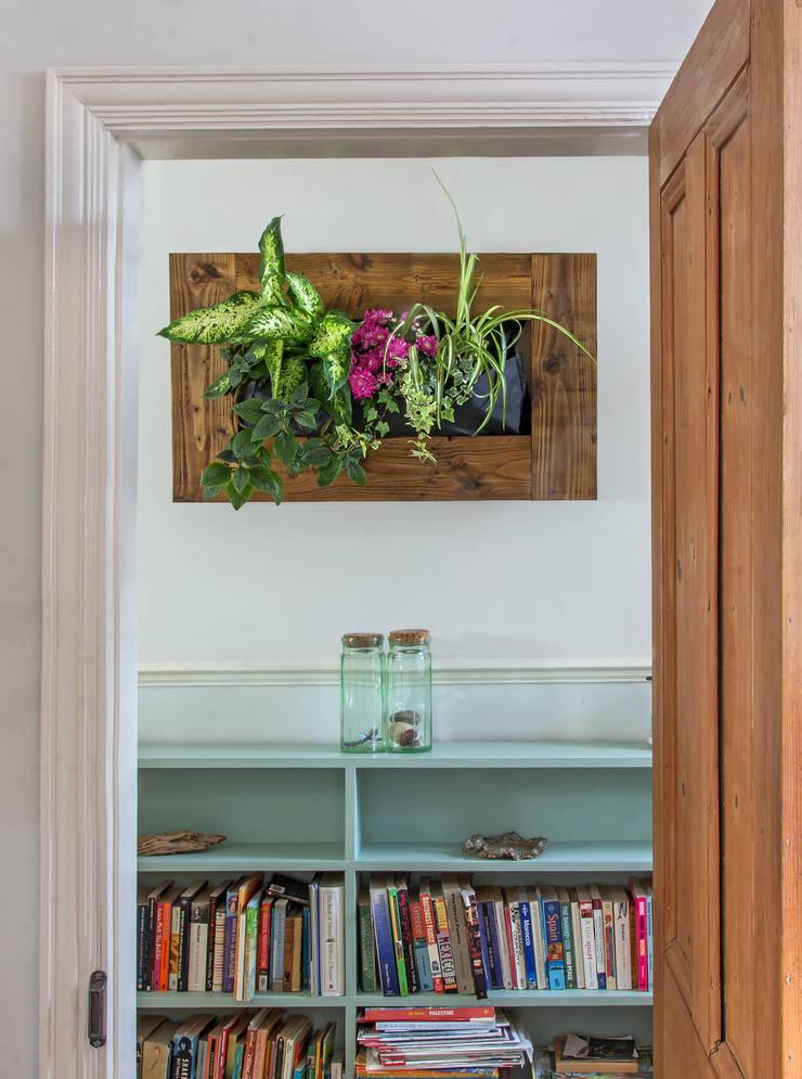 Teak Horizontal Vertical Garden:  Artwork by Living Interiors UK
