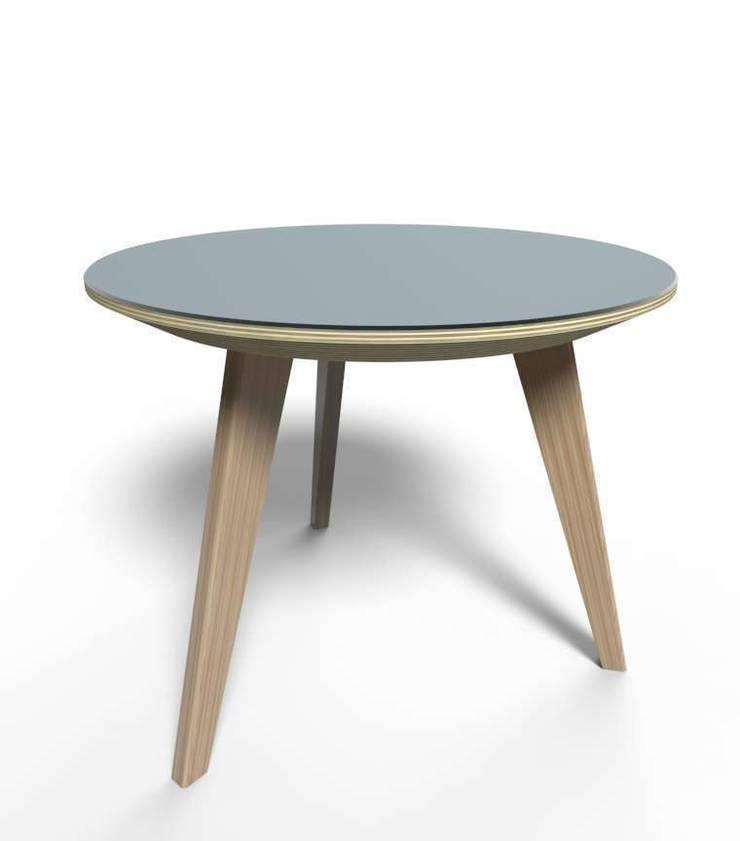 La table basse NUBES: Salon de style  par Osmose le bois