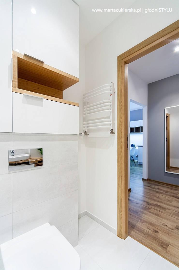 projekt i realizacja wnętrz KATOWICE: styl , w kategorii Łazienka zaprojektowany przez głodni STYLU pracownia projektowa,