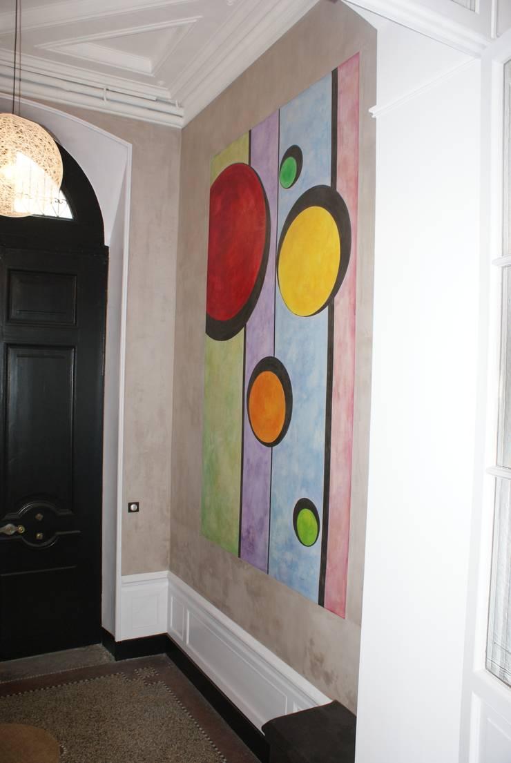 Décor hall d'entrée: Couloir et hall d'entrée de style  par Oswald Olivato