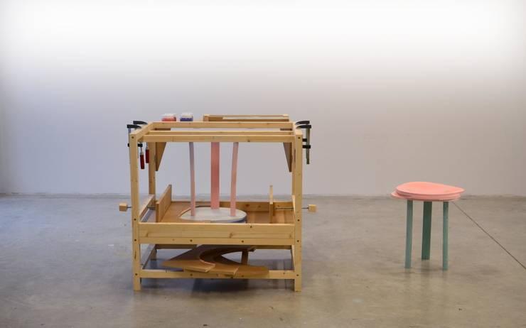 Stoolbox: Maison de style  par Camille Sarda