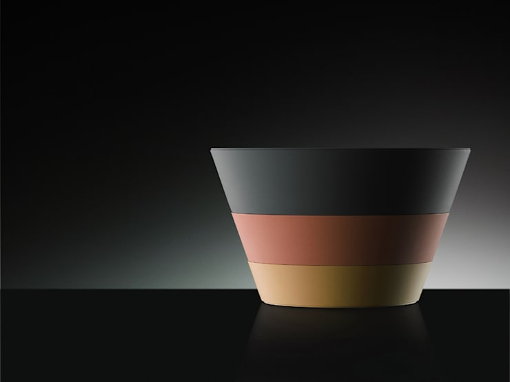 入れ子のお重      The nest of plastic boxes: YUMIKA Designが手掛けたキッチンです。