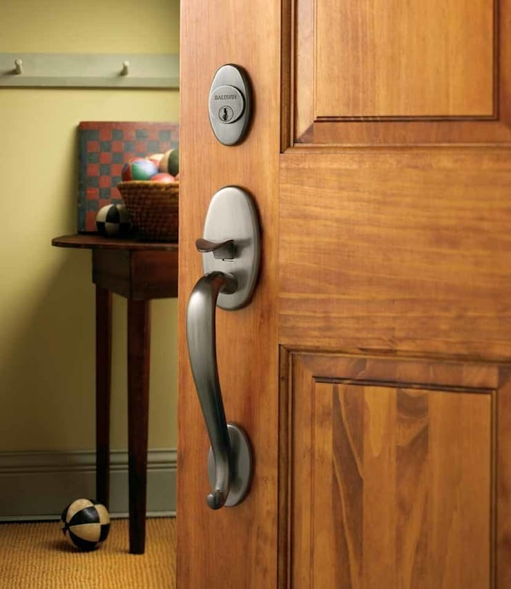 Entrance Handleset by Baldwin:   by Studio 79