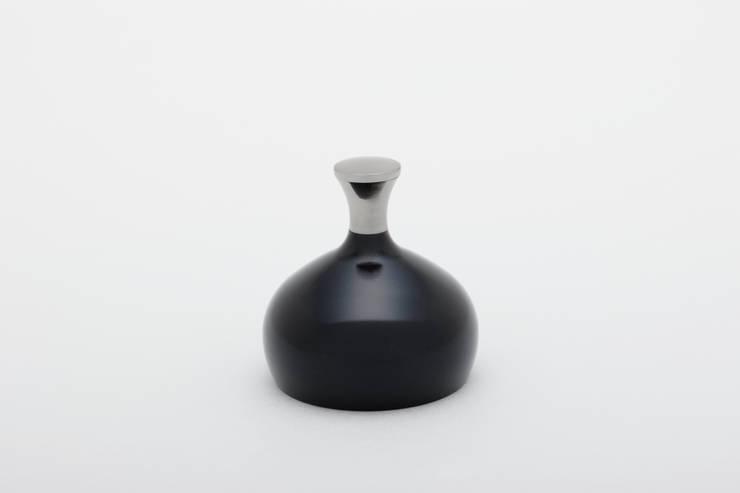 tenorin: Pear Design Studioが手掛けたです。