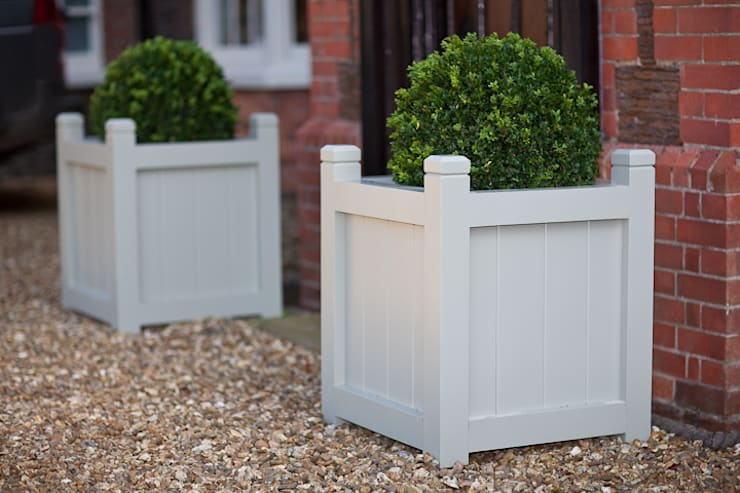 Solid White Oak Planters:  Kitchen by NAKED Kitchens