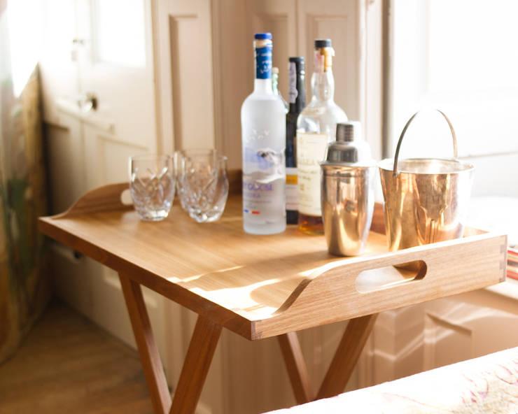 Appalachian Oak Butler's Tray:  Kitchen by NAKED Kitchens