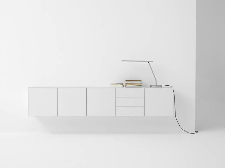 VISION ELEMENTS VE24: minimalistische Woonkamer door Pastoe