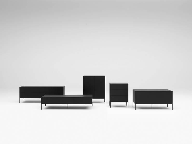VISION V306 V307 308 309 310 BLACK: minimalistische Woonkamer door Pastoe