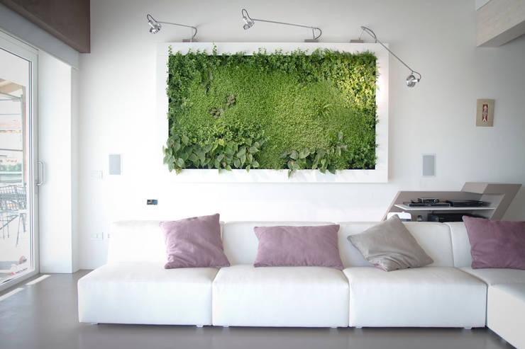 Quadri vegetali, idee green per i regali natalizi: Casa in stile  di Sundar Italia,