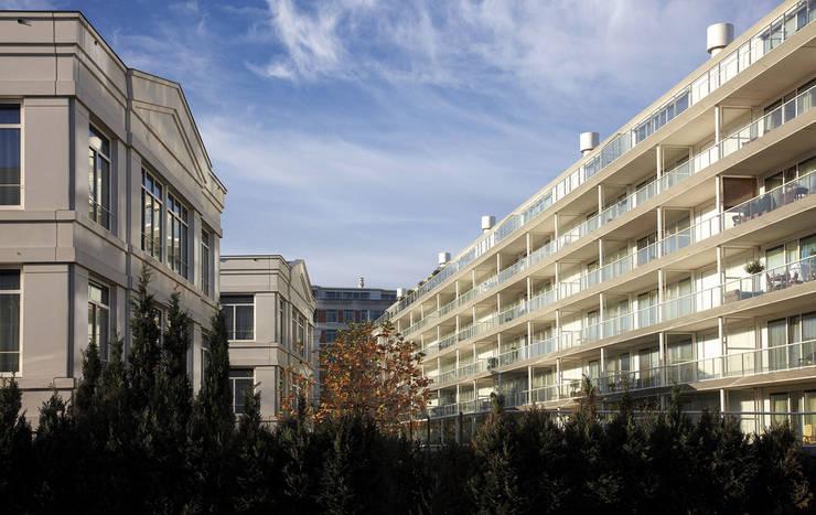 Monchyplein:  de estilo  de Ricardo Bofill Taller de Arquitectura