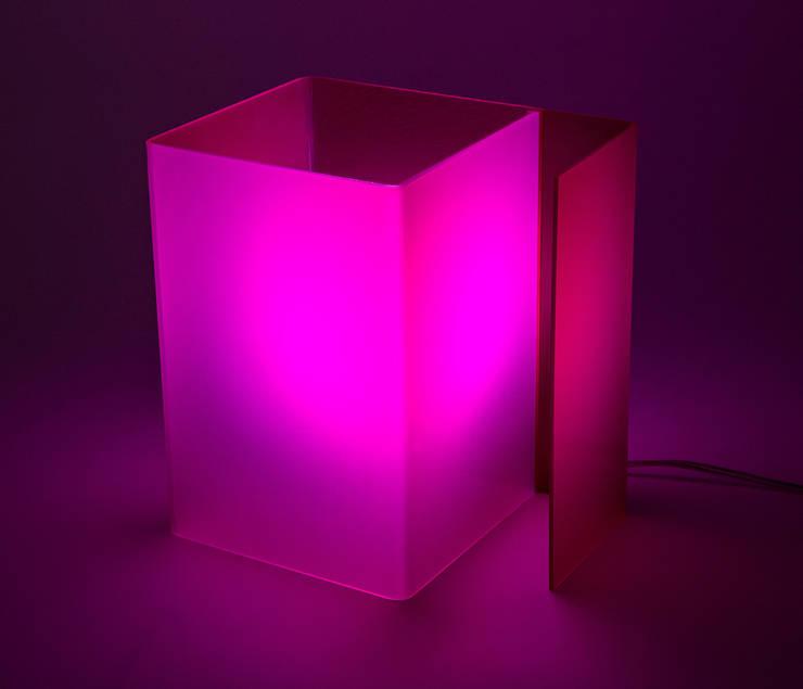 minimalistische Wohnzimmer von Designtrasparente