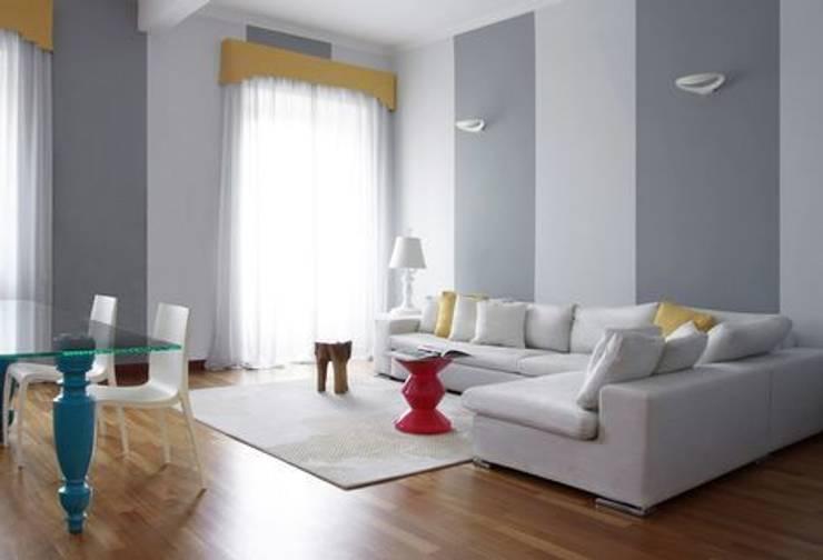 Luci e Colori Case eclettiche di Giorgia Mirabella Interior Design Eclettico