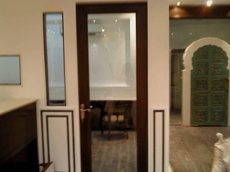 jewellery showroom:  Artwork by mahak impressions